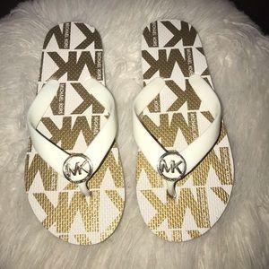 Michael Kors Flip flops! Never worn!!